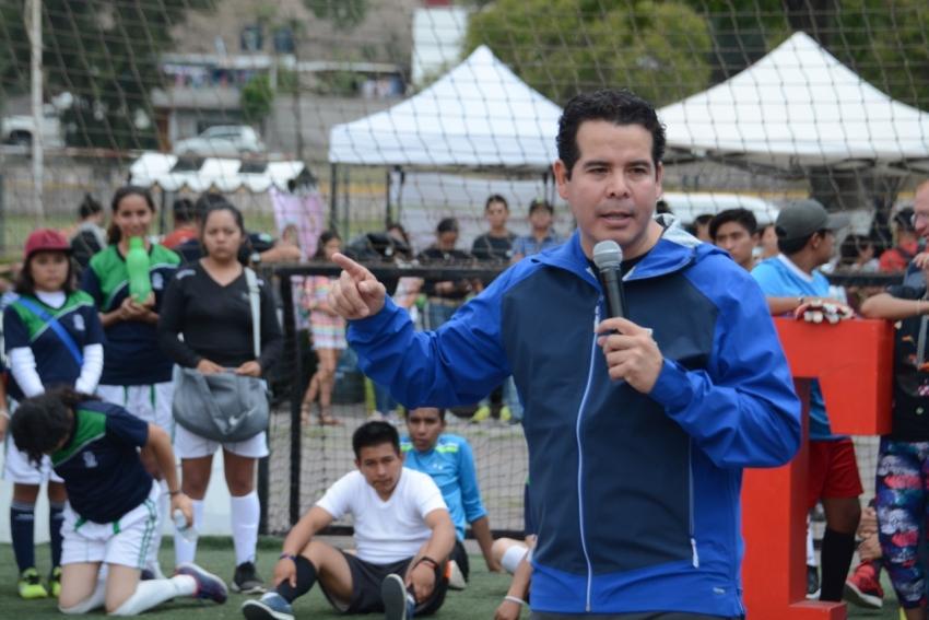"""Equipos de Hidalgo participaron en torneo """"de la calle a la cancha"""" en Tula"""