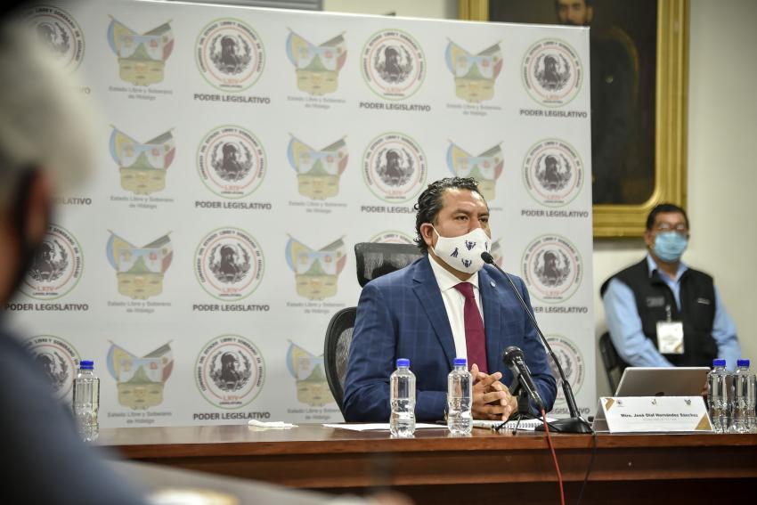 Comparece José Olaf Hernández ante la Comisión de Cultura del Congreso estatal