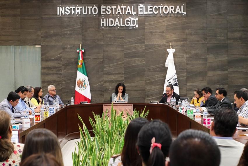 """IEEH resuelve tener por no presentada solicitud de registro de la Coalición """"Juntos Haremos Historia en Hidalgo""""."""