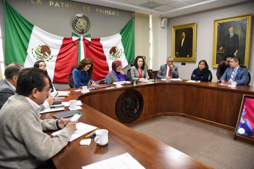 Sesiona comisión permanente del Congreso de Hidalgo.