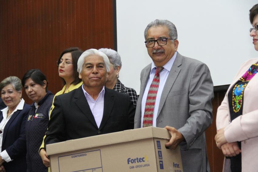ENTREGA TITULAR DE SEPH MATERIALES A SUPERVISORES Y JEFES DE SECTOR