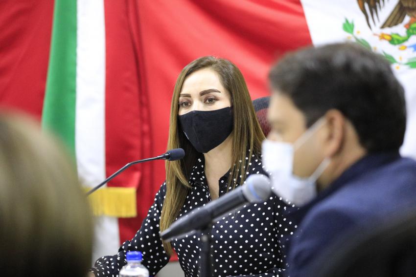ENTREGA JESSICA BLANCAS PAQUETE HACENDARIO 2021